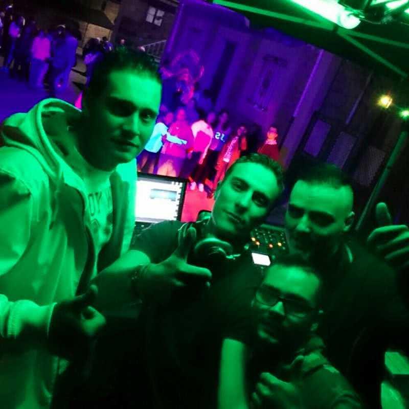 DJS  Y LIGHT J